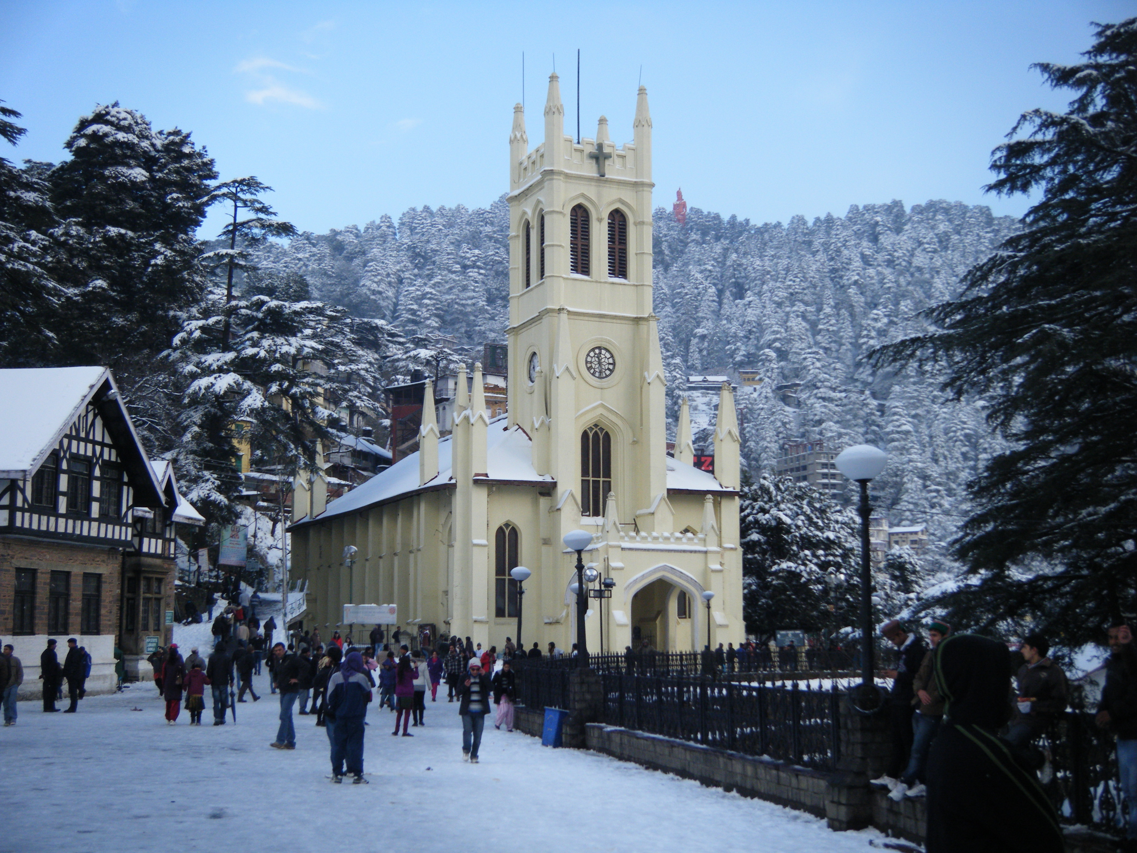Shimla Tour Package with 2* Hotel by Volvo bus